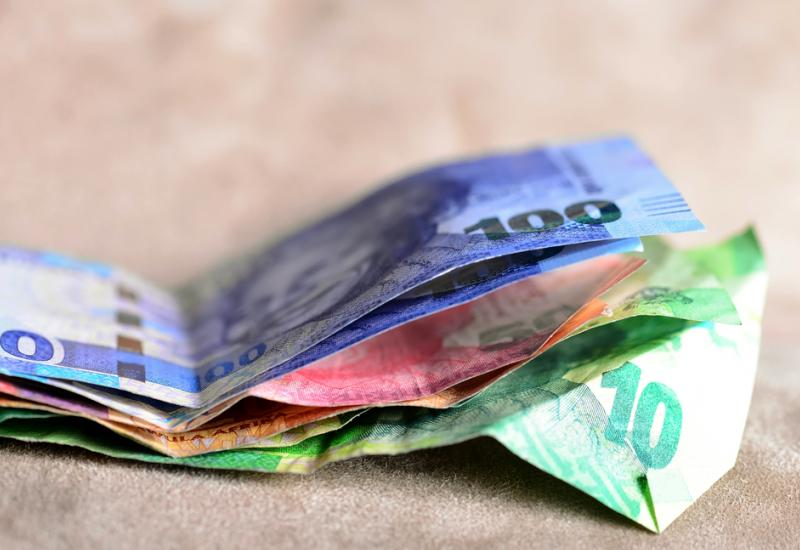 Can a national minimum wage alleviate poverty in South Africa?