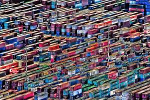 Worldwide Shipping Stagflation Causes Retail Havoc, Upset