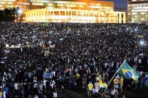 Brazil Riots: Citizens Unite In Contempt For Political Class