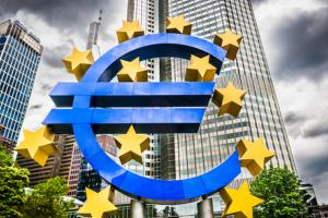 Can the ECB include corporate bonds in its asset purchases?