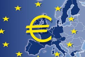 Are euro-politicians dragging the euro down?