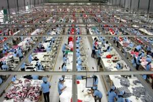 Indonesian factory workers would hopefully benefit from a new industrial policy.