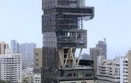 "Reliance ""Family Tower"" Highlights Mumbai Wealth Gap"