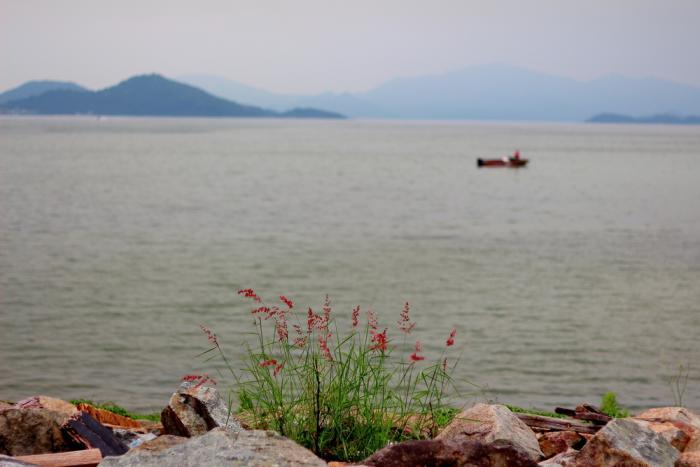 China may be moving toward UNCLOS with its South China Sea stance.