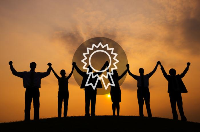 team performance reward Employee bonuses can be an effective means of rewarding and appreciating  good performance — provided that you structure them.