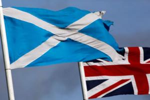 Scottish voters near referendum day on independence