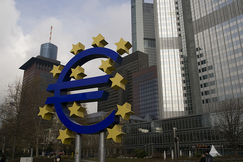The Euro Zone's Inbuilt Flaw: Rising Rates Punishes the Weak